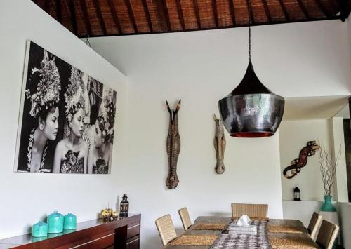 Dining Table at Villa Koru - Luxury Seminyak Villa For Holiday Rental