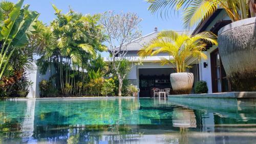 Seminyak Villa Swimming Pool