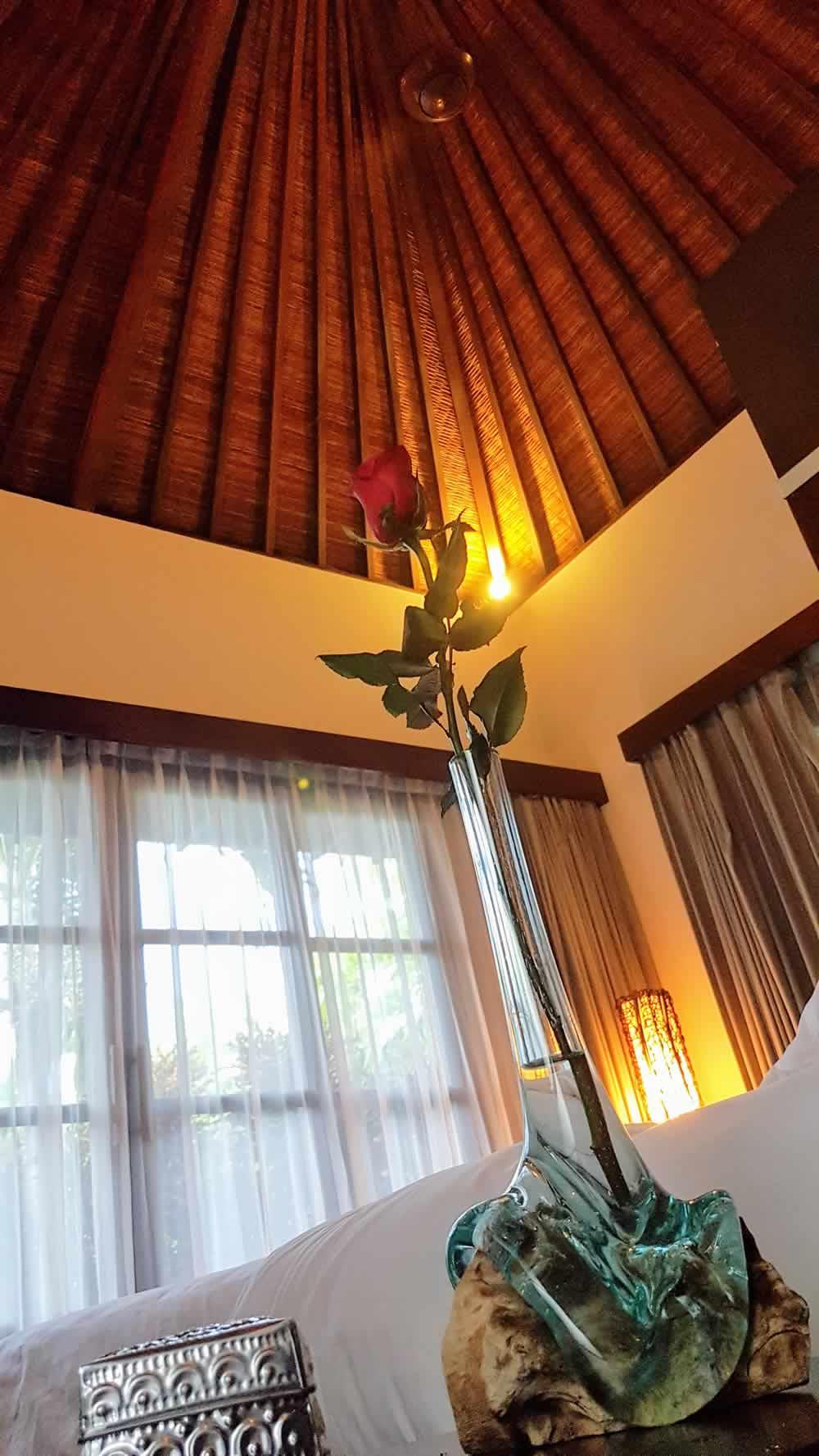 Villa Koru - Bedroom Ceiling